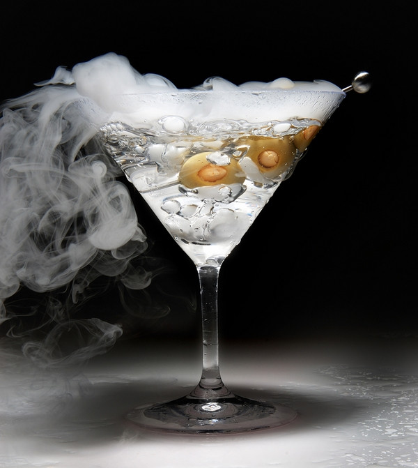 Halloween Drinks With Dry Ice  Halloween cocktails surprise your guests with ominous drinks