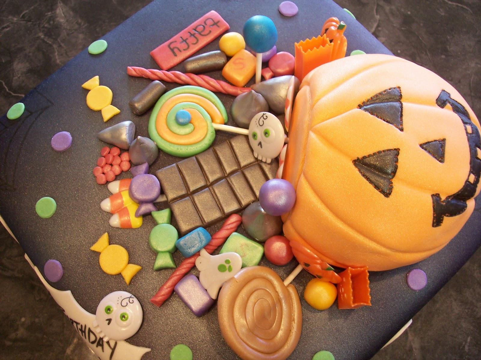 Halloween Fondant Cakes  MyMoniCakes Halloween Basket with Fondant Candy Cake