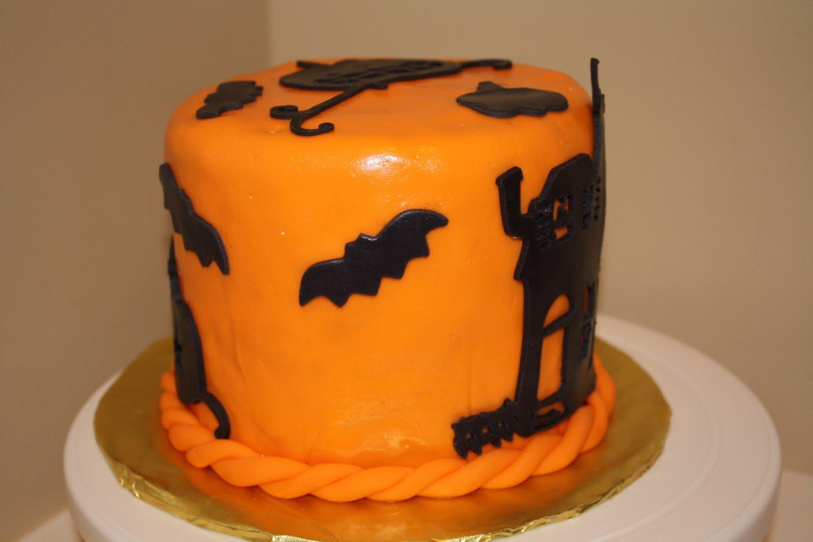 Halloween Fondant Cakes  Two Sweet Bakery Fondant Halloween cake haunted house