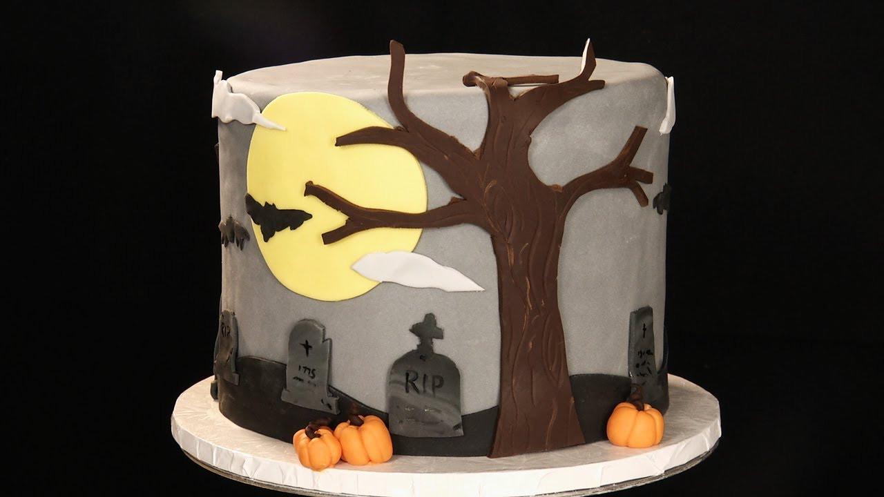 Halloween Fondant Cakes  Decorating a Halloween Cake Using Fondant