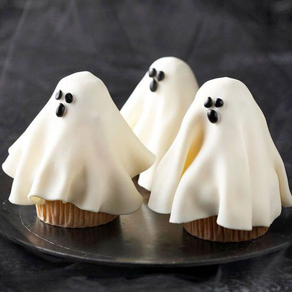 Halloween Ghost Cupcakes  15 Halloween Ghost Desserts B Lovely Events