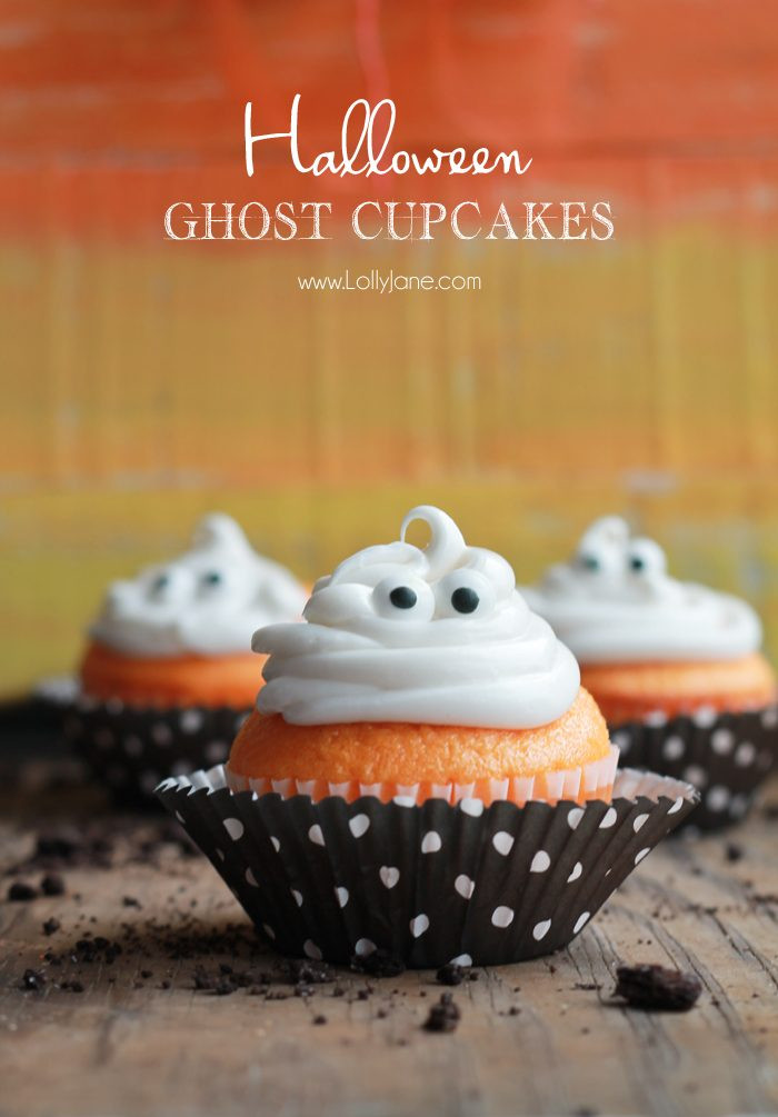 "Halloween Ghost Cupcakes  DIY Halloween ""EEK"" sign Lolly Jane"