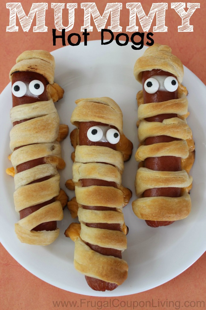 Halloween Hot Dogs  Halloween Mummy Hot Dogs with Crescent Rolls