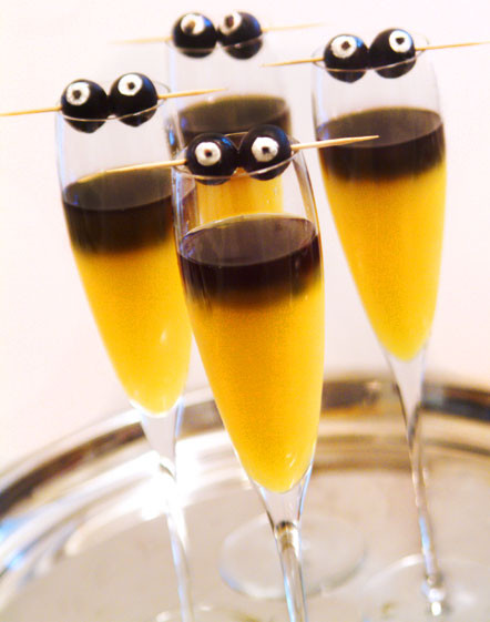 Halloween Liquor Drinks  Cute Food For Kids 20 Halloween Drink Recipes for Grown Ups