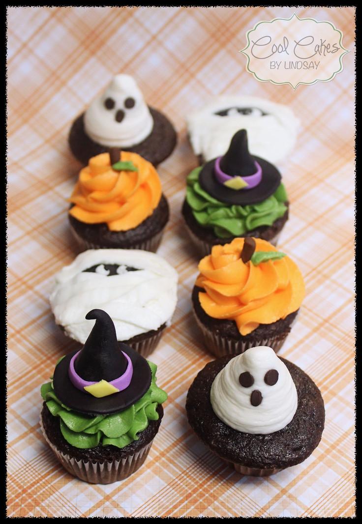Halloween Mini Cupcakes  Halloween Mini Cupcakes Halloween Cakes