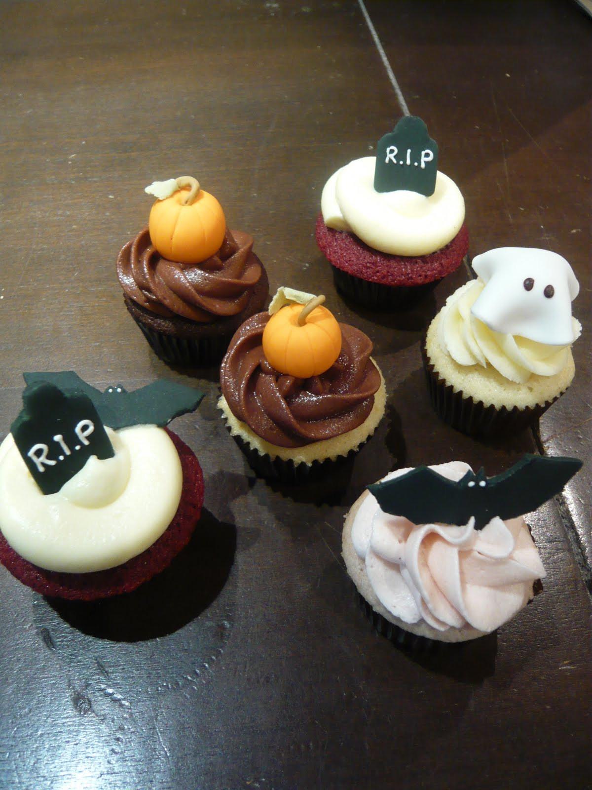 Halloween Mini Cupcakes  Sift October 2010