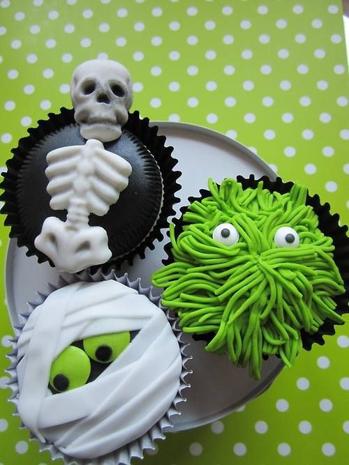 Halloween Monster Cupcakes  Halloween Guide 2013 30 frightfully delicious halloween