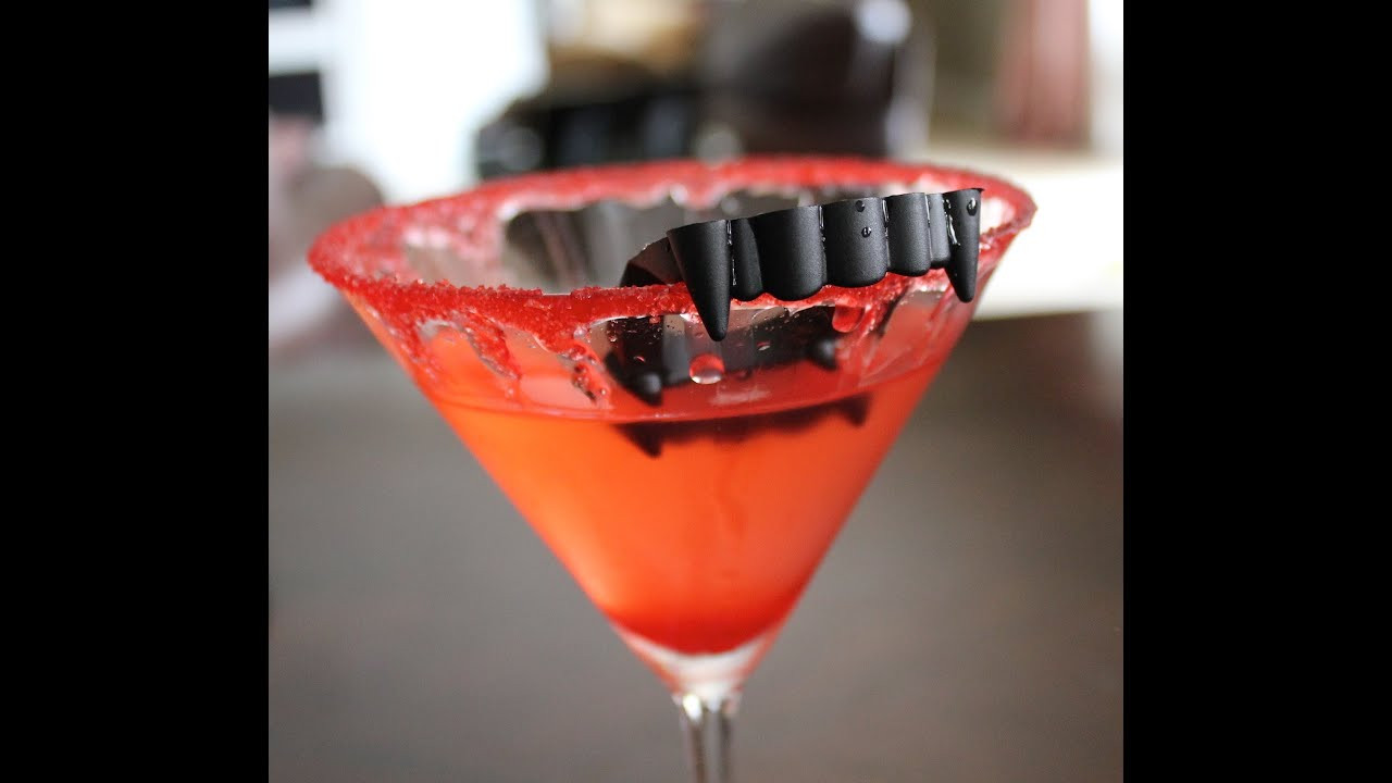Halloween Party Drinks  Killer Halloween Party Cocktail Vampire Kiss Martini