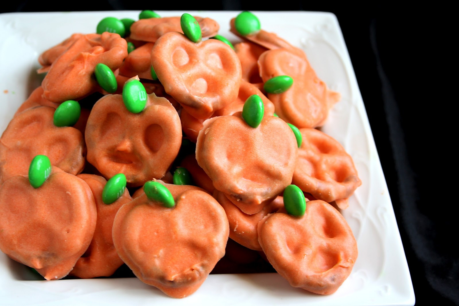 Halloween Pretzels Treats  EASY PUMPKIN PRETZELS Butter with a Side of Bread