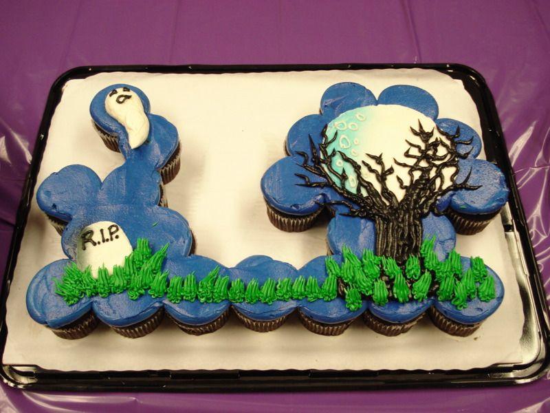 Halloween Pull Apart Cupcakes  Cupcake Cake Ideas Halloween Cupcake Cake ideas
