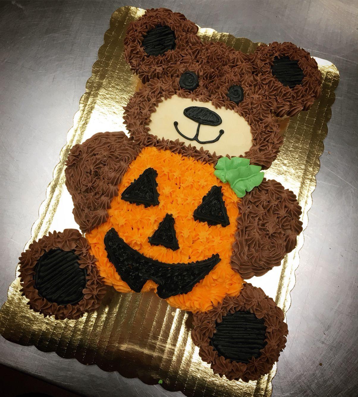 Halloween Pull Apart Cupcakes  Halloween teddy bear pull apart cupcake cake