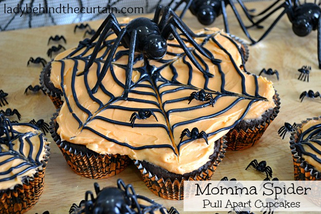 Halloween Pull Apart Cupcakes  Momma Spider Halloween Pull Apart Cupcakes