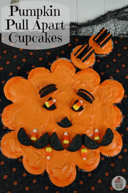 Halloween Pull Apart Cupcakes  Halloween Cupcakes Easy Halloween Party Recipes