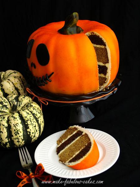 Halloween Pumkin Cakes  Pumpkin Cake