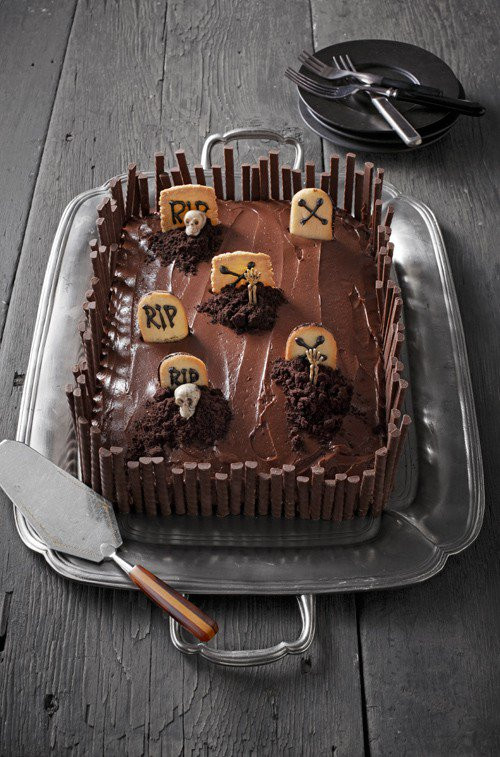 Halloween Sheet Cakes  10 Ghoulishly Fun Sweets & Treats You Can Make to