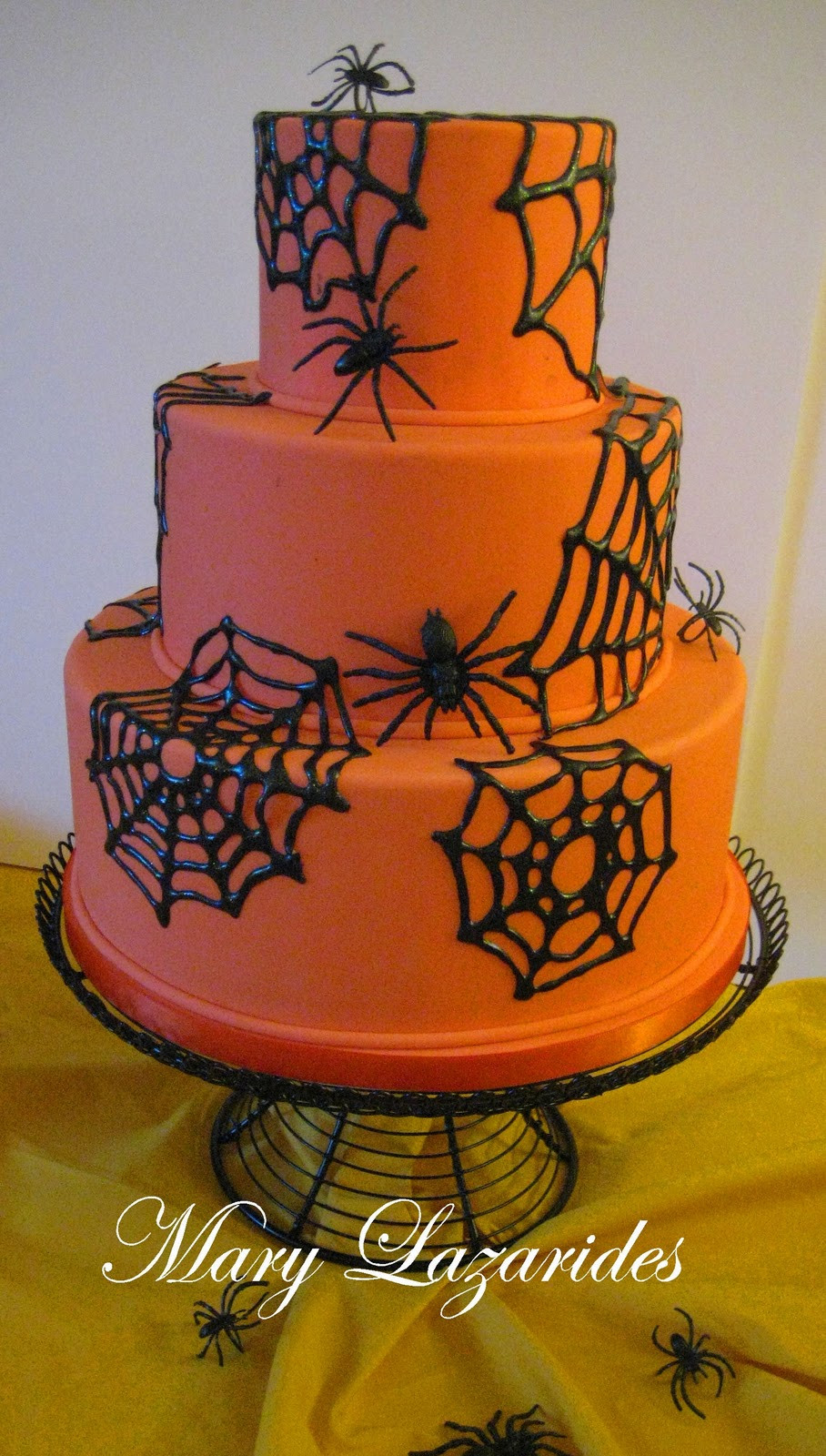Halloween Spider Cakes  Pink Little Cake Halloween Series Day 25 SugarVeil