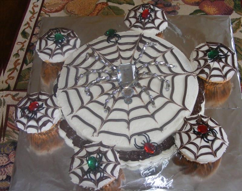Halloween Spider Cakes  Halloween Spiderweb Cake