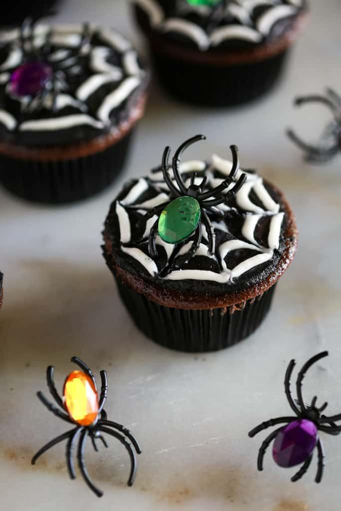 Halloween Spider Cupcakes  Halloween Spider Cupcakes