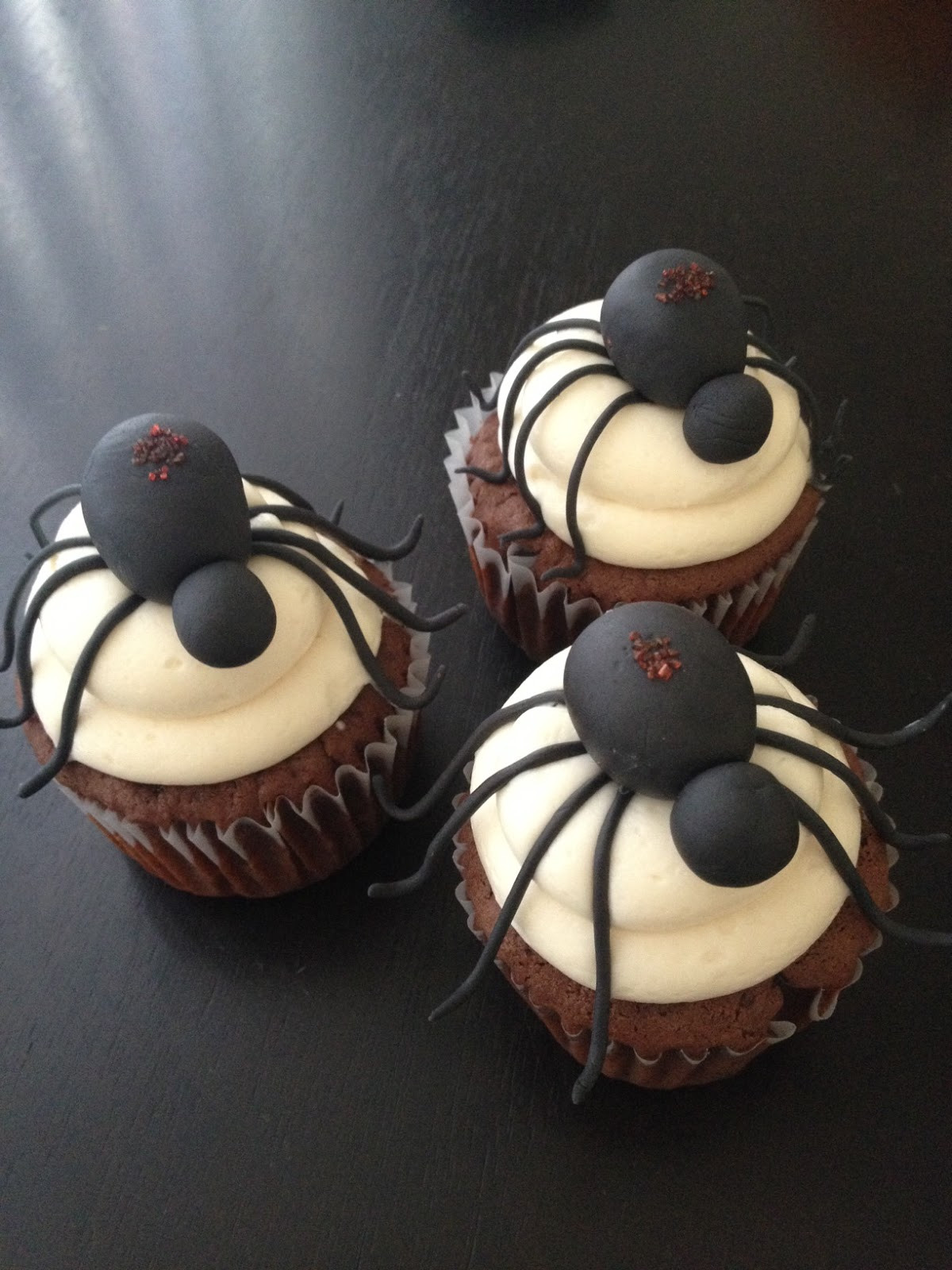 Halloween Spider Cupcakes  BS Recipes Halloween Cupcakes