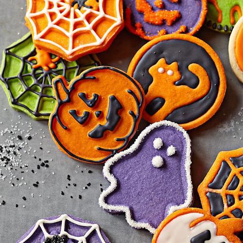 Halloween Themed Cookies  Halloween Themed Cookie Cutter Set