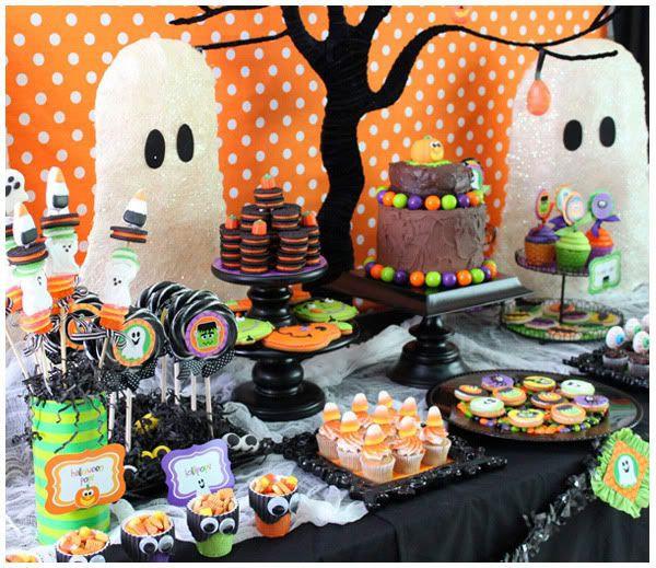 Halloween Themed Desserts  Best 25 Halloween dessert table ideas on Pinterest