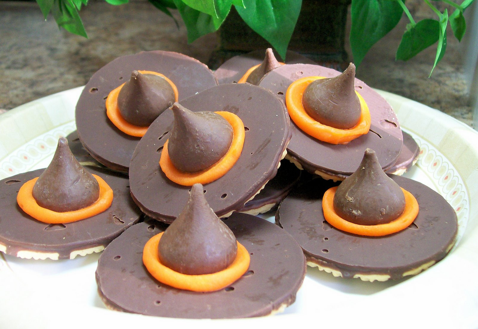 Halloween Witch Hat Cookies  Dishfunctional Designs Coolest & Creepiest Halloween Foods