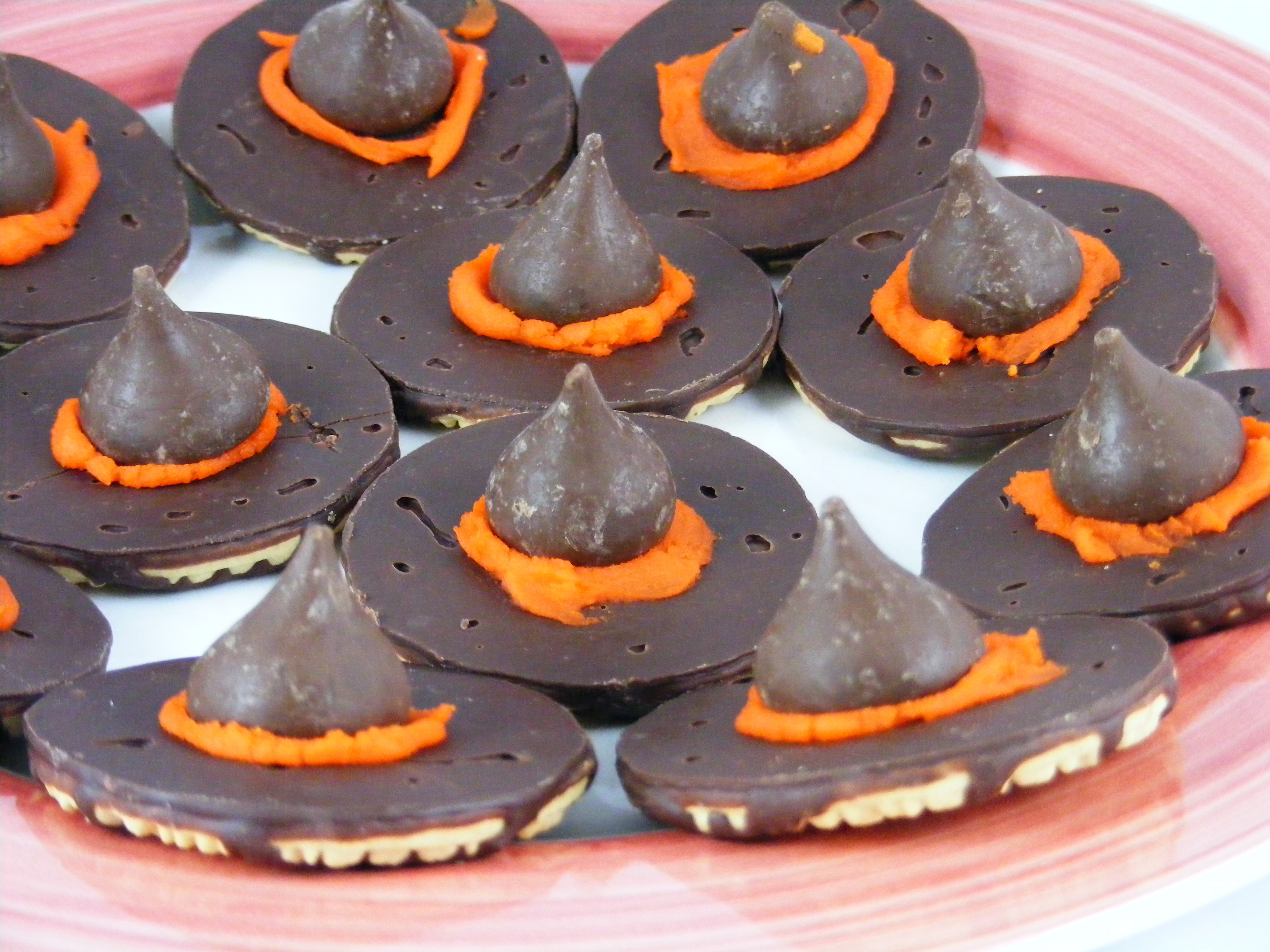 Halloween Witch Hat Cookies  301 Moved Permanently