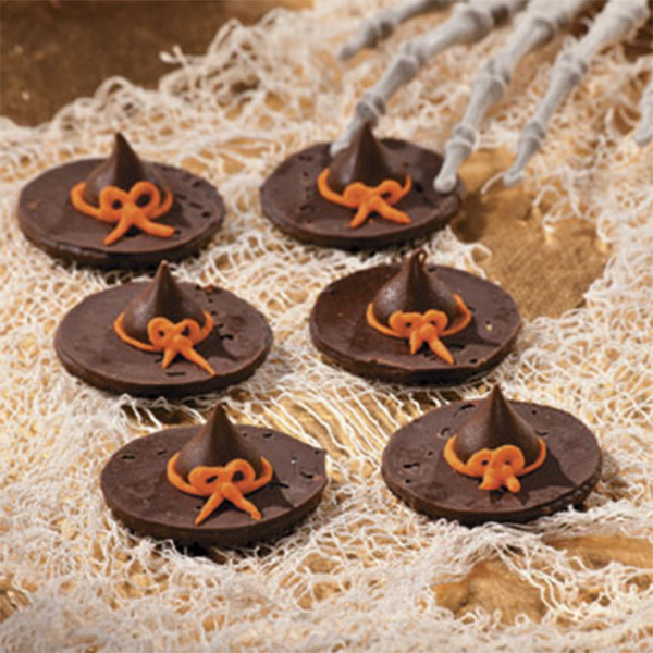 Halloween Witch Hat Cookies  12 5 Minute Halloween Treats