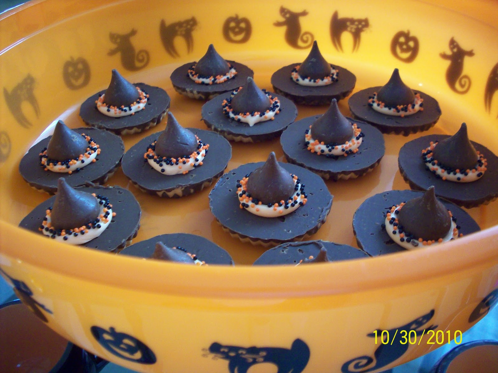 Halloween Witches Hats Cookies  Cheryl s Crafty Jewelry Witch Hat Cookies