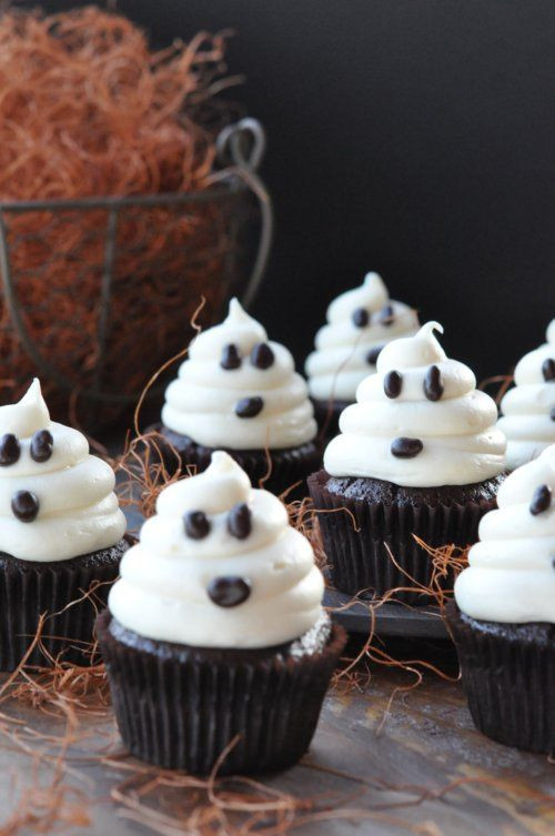 Homemade Halloween Cupcakes  Ghost Cupcakes