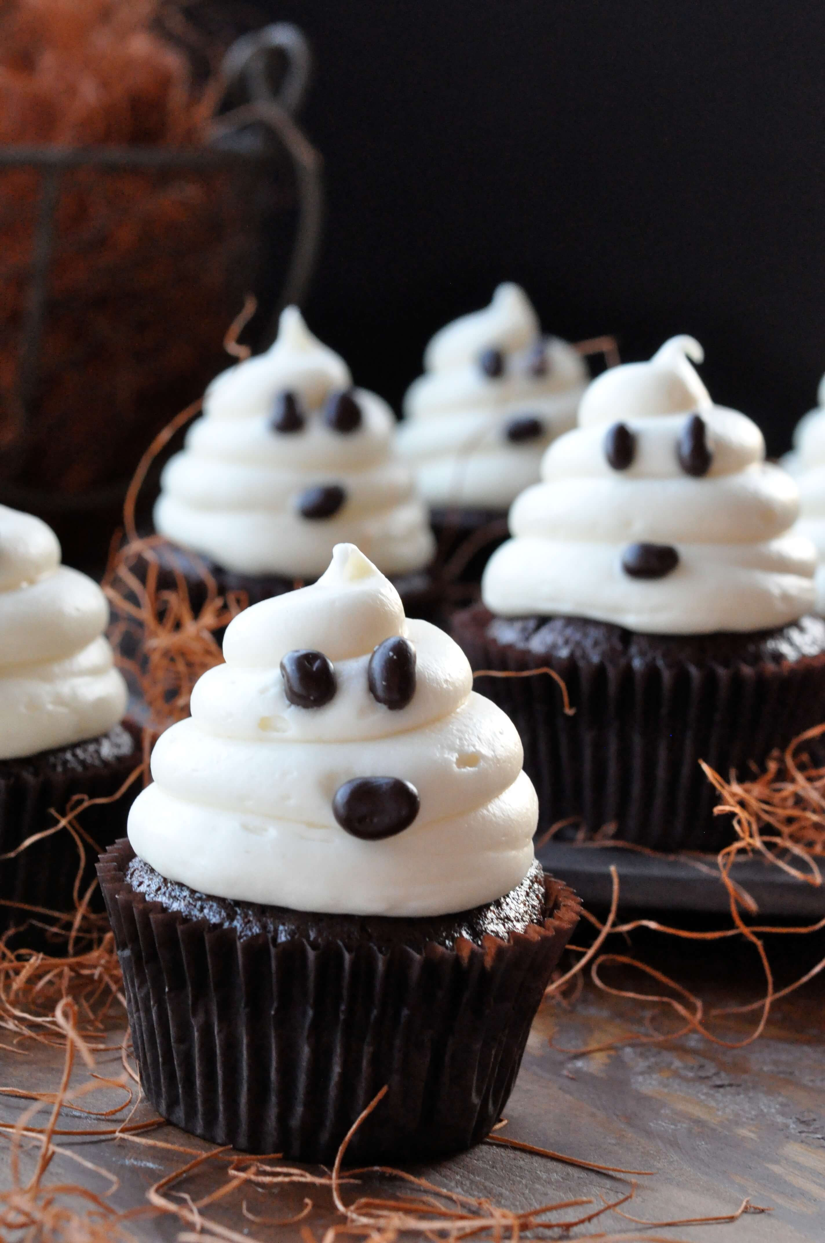 Homemade Halloween Cupcakes  Halloween Ghosts on Carrot Cake Recipe—Fast and Easy