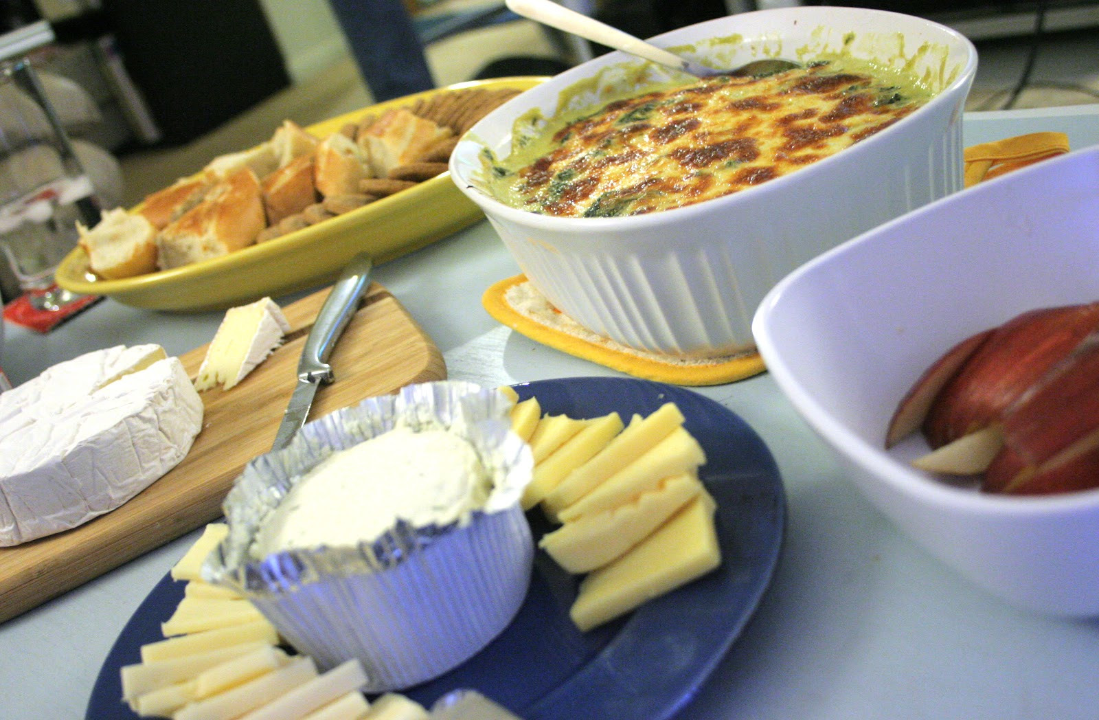 Hot Thanksgiving Appetizers  A Starch Free Cookbook Thanksgiving & Some Hot Spinach Dip