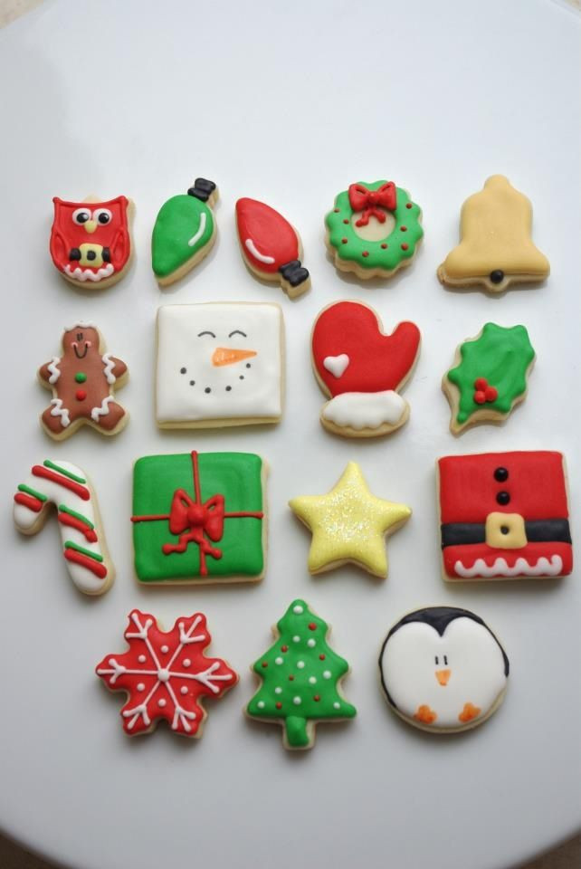 Iced Christmas Cookies  346 best circle sugar cookies decorating ideas images on