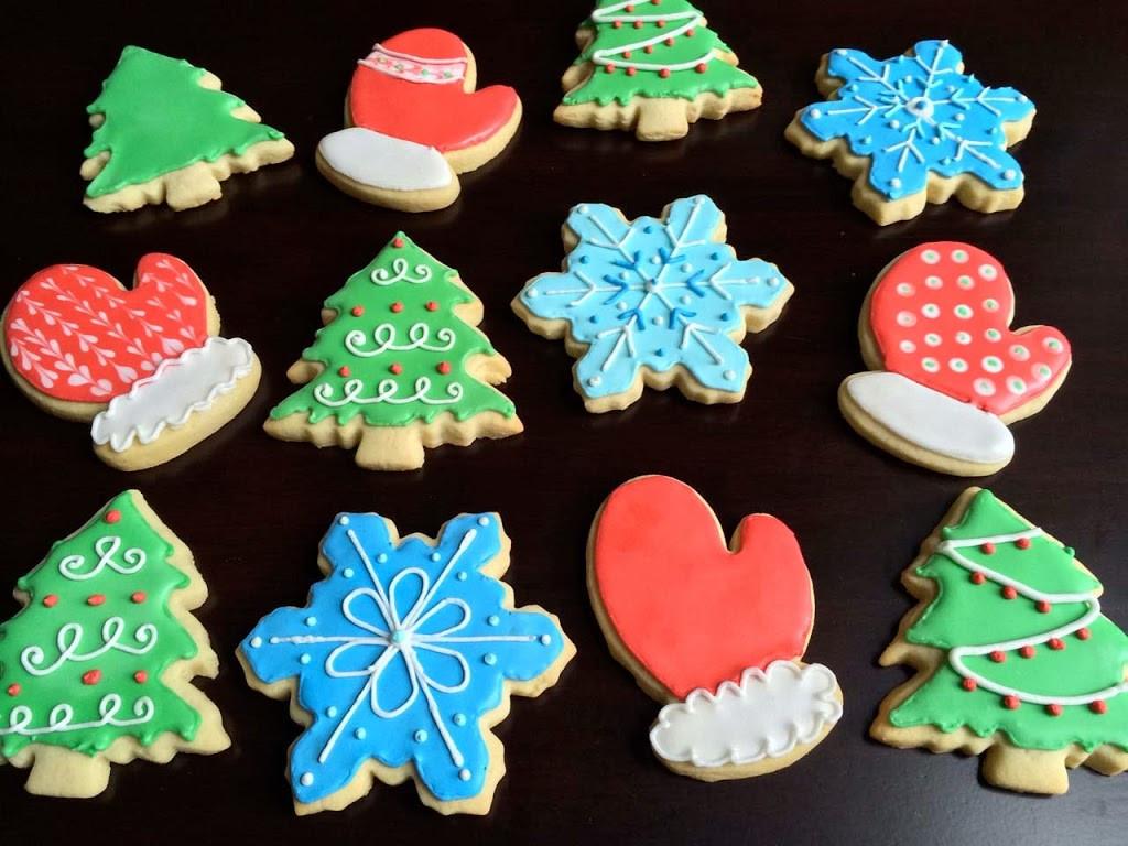 Iced Christmas Cookies  Iced Sugar Cookies
