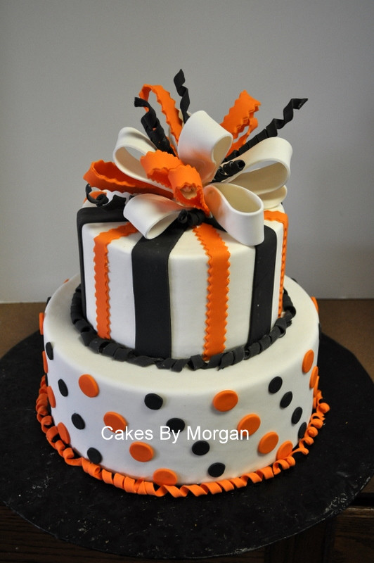 Images Of Halloween Cakes  Morgan s Cakes Fondant Halloween Cake