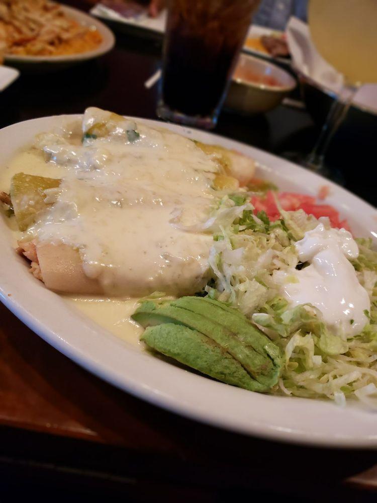 Las Margaritas O Fallon Mo  Chicken Enchiladas Suizas Yelp