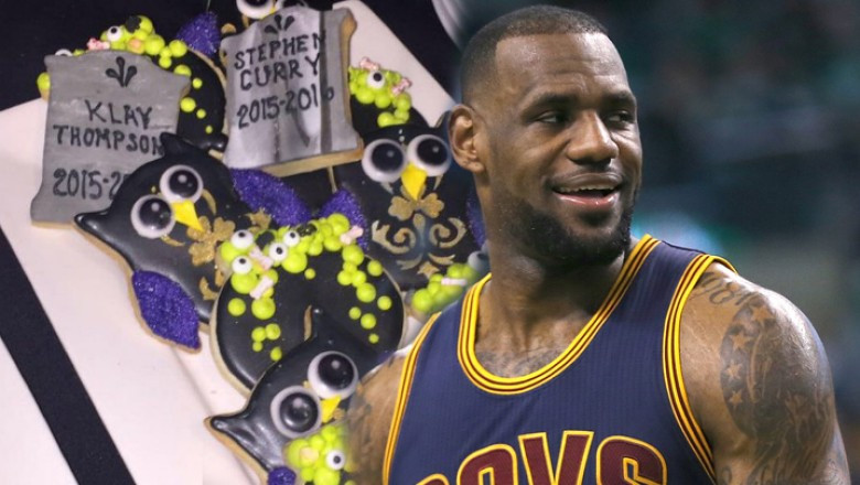 Lebron Halloween Cookies  RIP Steph Curry LeBron disses Warriors stars on cookie