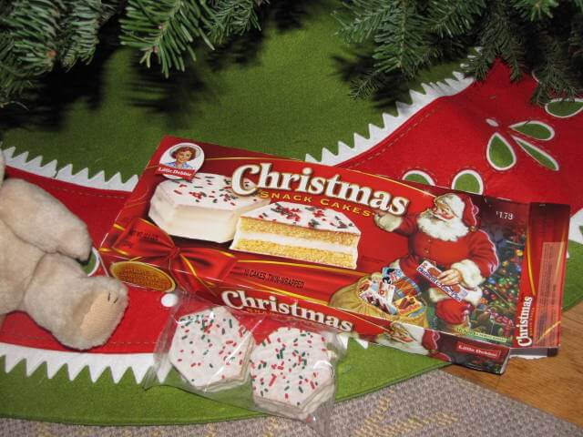 Little Debbie Christmas Cakes  9 Seasonal Snacks You Have to Try