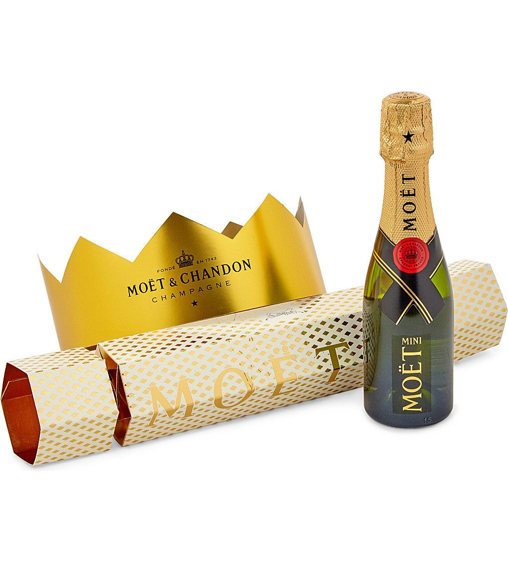 Luxury Christmas Crackers  Exceptionally Luxurious Christmas Crackers