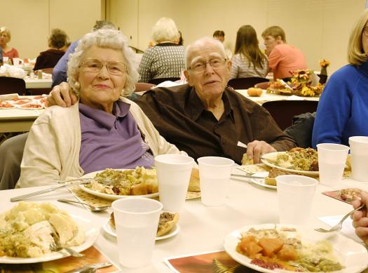 Martins Thanksgiving Dinners  washingtoncountyjournal – A visual journal of Washington