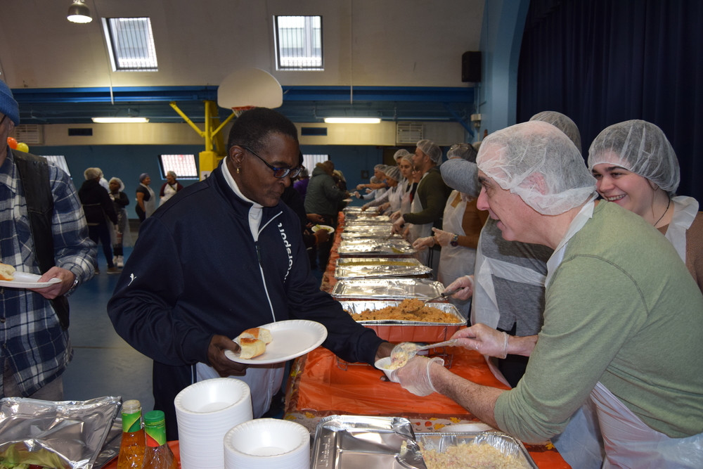 Martins Thanksgiving Dinners  Free Thanksgiving Dinner St Martin of Tours Bronx NY