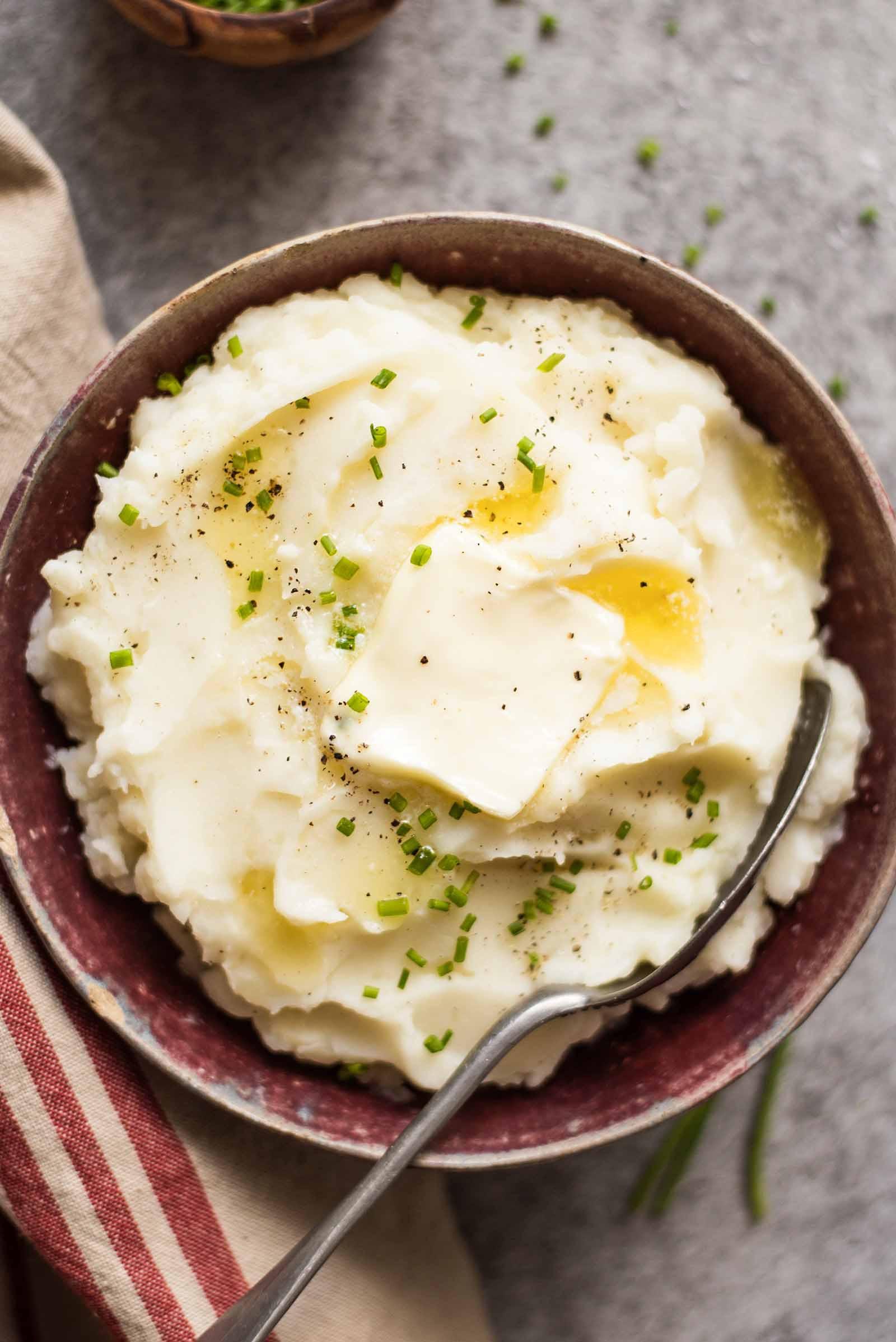 Mashed Potatoes For Thanksgiving  Crock Pot Mashed Potatoes Easy & No Stress