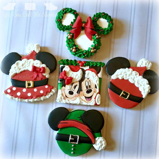 Mickey Christmas Cookies  Mickey and Minnie Christmas Cookies Between the Pages