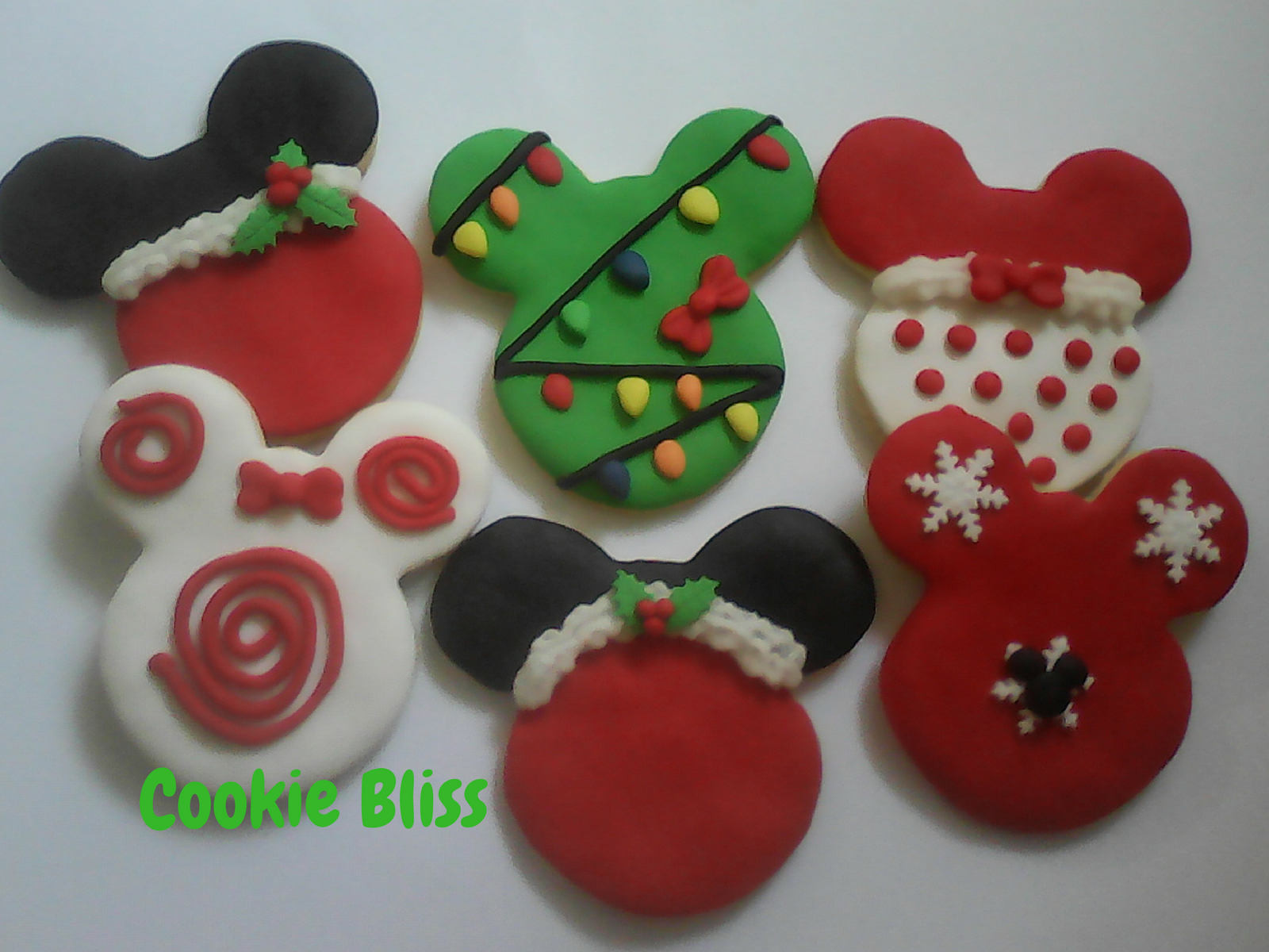 Mickey Christmas Cookies  12 Mickey & Minnie Mouse Christmas Cookies Party Favors