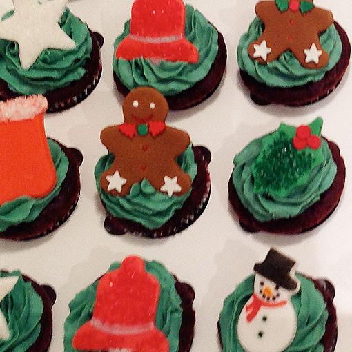 Mini Christmas Cup Cakes  Christmas mini Cupcake ideas Check out our Christmas