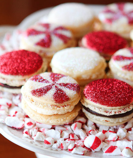 Mini Christmas Desserts  Mini Christmas Desserts You ll Want to Add to Your Wish