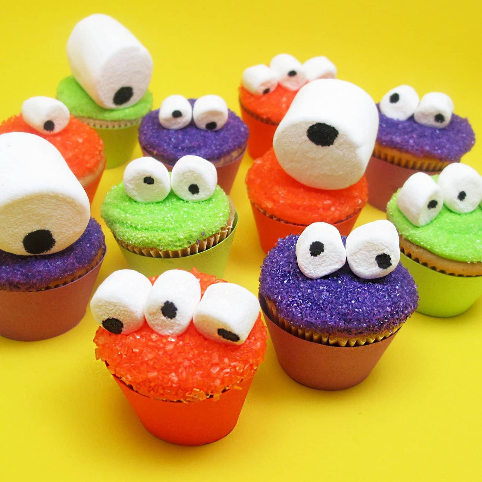 Mini Halloween Cupcakes  mini monster cupcakes for an easy Halloween treat idea