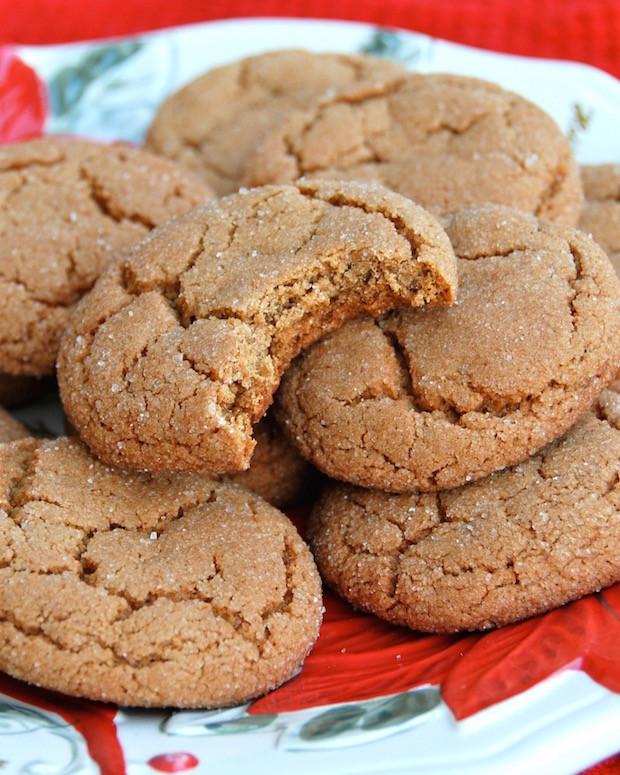 Molasses Christmas Cookies  12 Days of Christmas Cookies Ginger Molasses Cookies