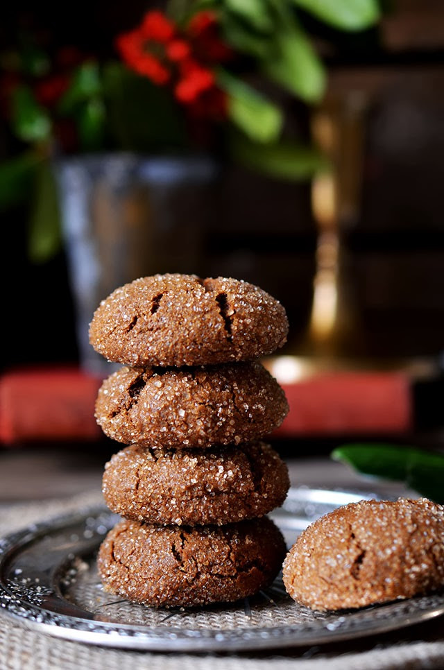Molasses Christmas Cookies  Heart of Gold Holiday Baking Chewy Molasses Cookies