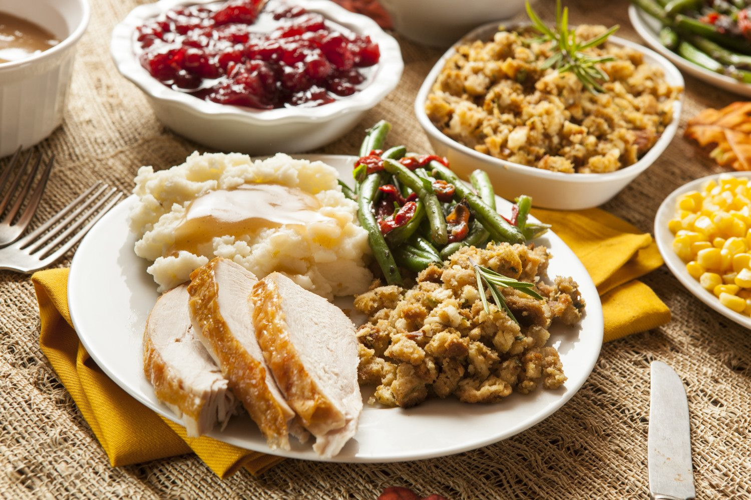 Most Popular Thanksgiving Side Dishes  Most Popular Thanksgiving Side Dishes Simplemost